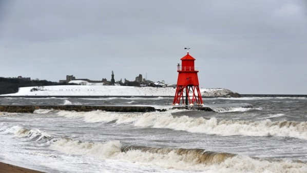Stormy weather hits the Herd Groyne in the River Tyne